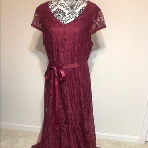 Candalite Women's Long Lace Dress